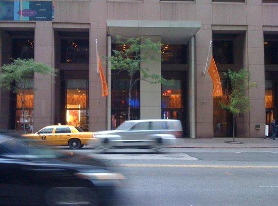 Andaz Wall Street: Entrée de l'hôtel