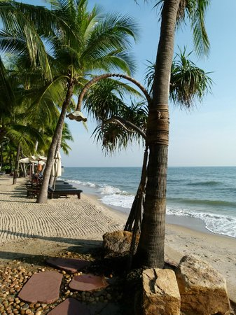Anantara Hua Hin Resort: privater Hotelstrand