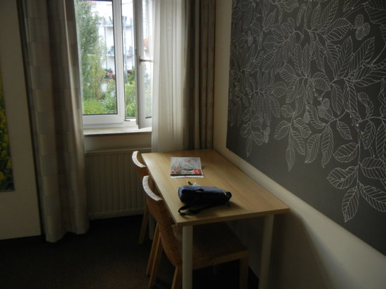Fuerth, Germany: Standard-Zimmer