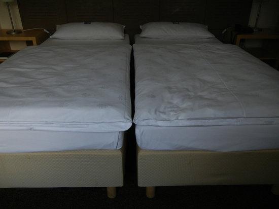 Hotel PrimaVera Parco: Einzel-Betten (rutschten nachts auseinander)