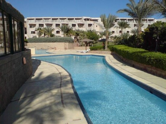 Fort Arabesque Resort, Spa & Villas: pool area