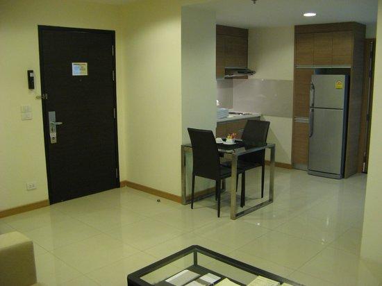 Viva Garden Serviced Residence: Dining area