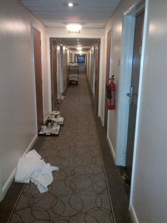 Hilton Milton Keynes: Mid-Afternoon: Our hallway again littered with decaying breakfast dishes
