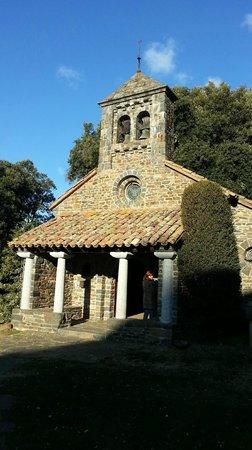 Husa Sant Bernat: Hermita de Sant Bernat, muy cerquita del Hotel