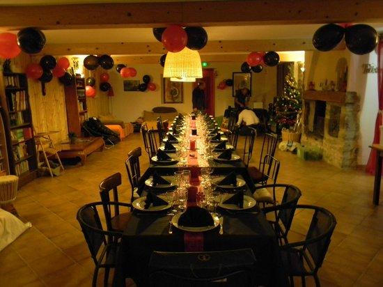 Le Moulinet : la grande salle réservée aux familles