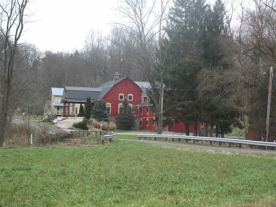 The Barn Inn Bed and Breakfast: The Barn Inn and Farmhouse