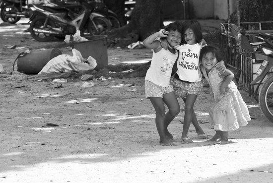 Phuket Photo Tours: Gypsy Village Kids