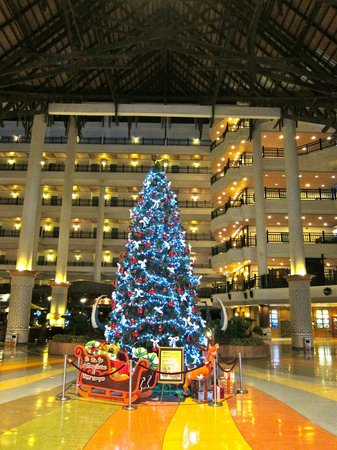 Resorts World Kijal: Christmas at Awana
