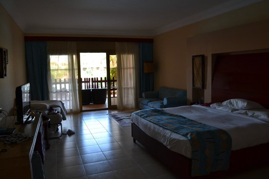 Coral Sea Holiday Village: Room in Block 11