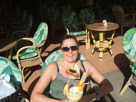 Barcelo Jandia Playa: Me with a banana daquiri