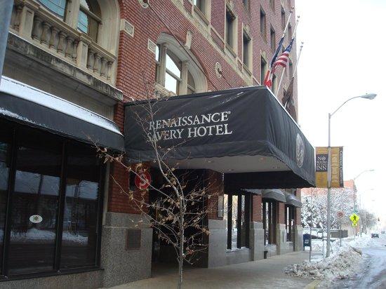 Renaissance Des Moines Savery Hotel: Exterior appearance