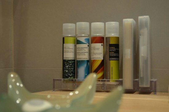Villa Marandi Luxury Suites: KORRES Luxury Line of Toiletries