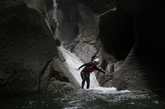 Extreme Dominica Canyoning: Dominica Canyoning & Adventure Tours