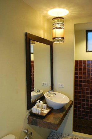 Merit Wellness & Mind Retreat Resort Samui: our bathroom