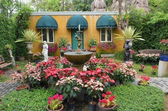 Phuket Botanic Garden: English Garden