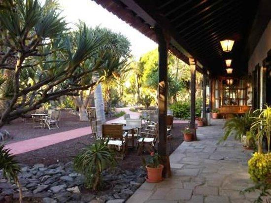 Parador de la Gomera : L'extérieur du restaurant
