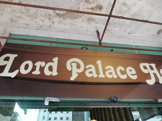 Oft Place Hotel: Fachada