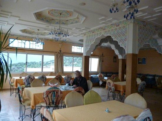 Diyar Timnay : Salle de restaurant panoramique