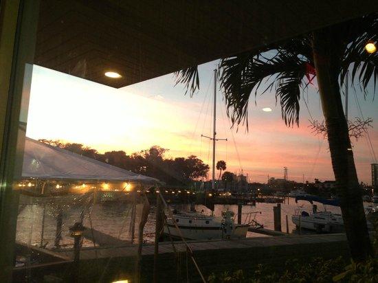 Chart House Marina And Sunset View