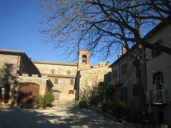 San Lorenzo della Rabatta: il borgo