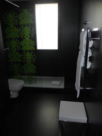 NH Madrid Principe de Vergara: baño hab 801