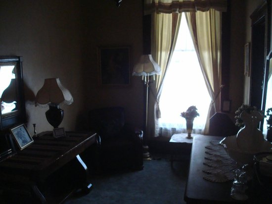 The Historic Occidental Hotel & Saloon and The Virginian Restaurant: Teddy Roosevelt Suite