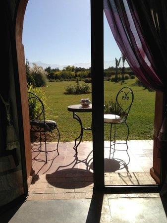 Riad Al Mendili Kasbah: vue de la chambre sur l'Atlas