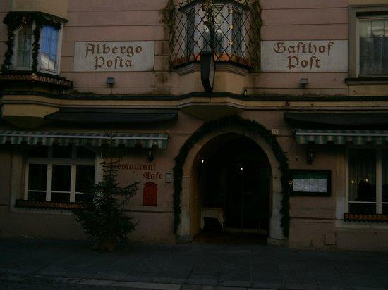 Ristorante Hotel Post: La facciata