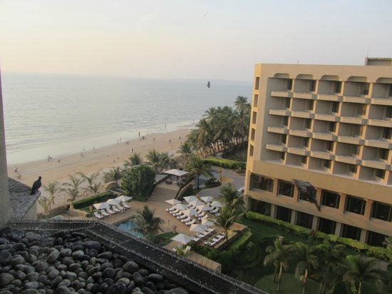 JW Marriott Mumbai Juhu: Room 516's view of Juhu Beach