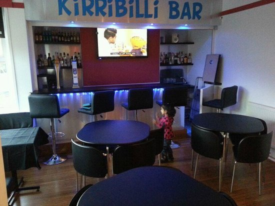 Kirribilli Guest House: BAR