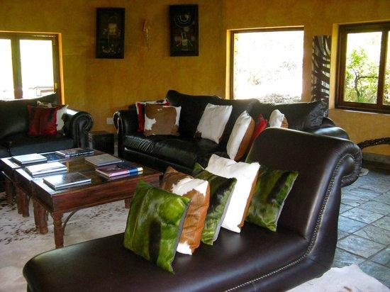 Idwala Game Lodge: inside the lodge