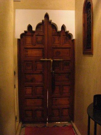 Riad Eden: Portes des chambres