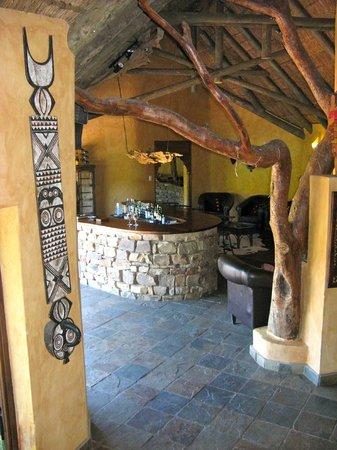 Idwala Game Lodge: bar