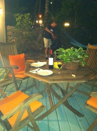 Boardwalk Hotel Aruba: barbecuing on our private patio with hammock in background