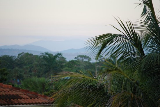 Belizean Dreams Resort: This was the view behind our room from the balcony - Maya Mountains