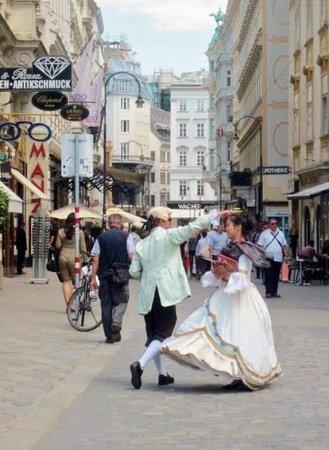 Attache Hotel Pension: Valse de Vienne quoi d'autre :)