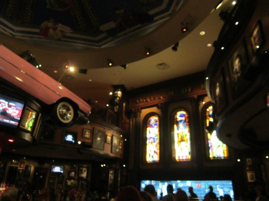 Hard Rock Cafe Orlando Valet Parking