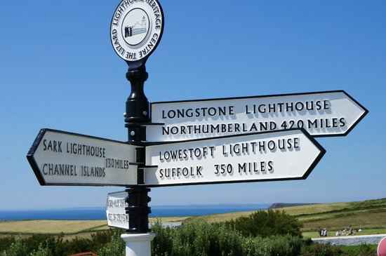 The Lizard and Kynance Cove: Sign post at the Lizard.