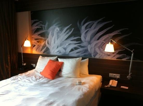 Novotel Barcelona City: Superior suite bed