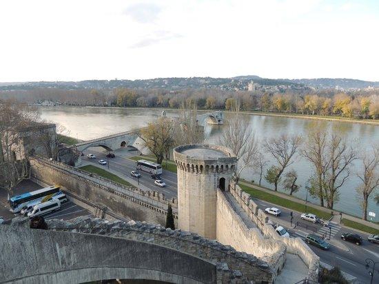 Hotel d'Angleterre : Panorama e ponte di Avignon