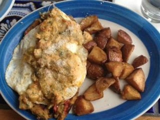 Blue Plate Cafe: Eggs and Cakes