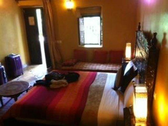 Jnane Leila : chambre vue du couloir
