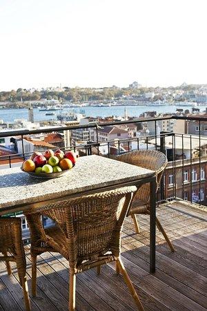 Manzara Istanbul: Balkon mit Aussicht