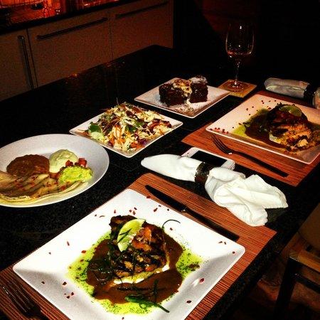 Secret Bay: Dinner
