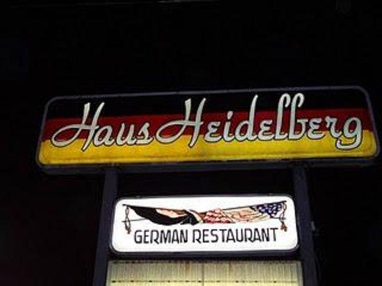 Haus Heidelberg German Restaurant : Night view