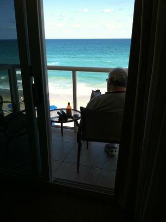 Courtyard Hutchinson Island Oceanside/Jensen Beach: Balcony
