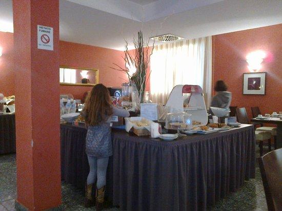Comtur Hotel : Sala colazione