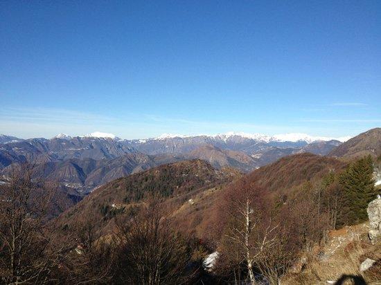 Ristorante del Rifugio Monte Poieto: panorama verso ovest
