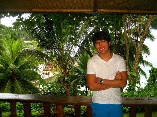 Pearl Farm Beach Resort: balcony from hill top