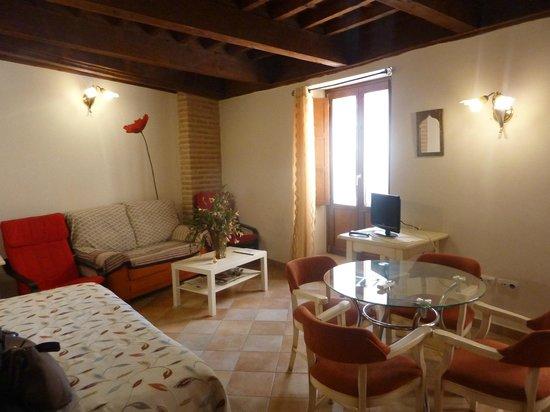 Abadia Suites: Living room